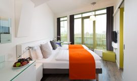 2 Must-Dos When Booking Hotel Rooms