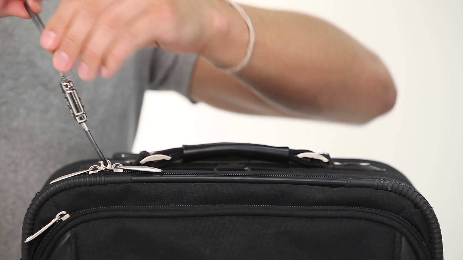 Easy and Reliable Ways to Lock Your Zippers