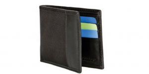 RFID Blocking Wallet Prevents Digital Theft