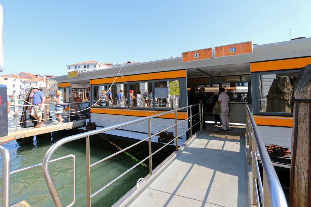 Venice Water Taxi, avoid pickpocket and tourist scams in Venice